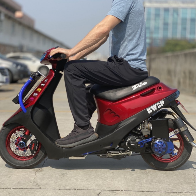 Scooter Honda DIO AF18 125CC water cooling BWSP black blood edition - dio-125cc-lc-blackblood